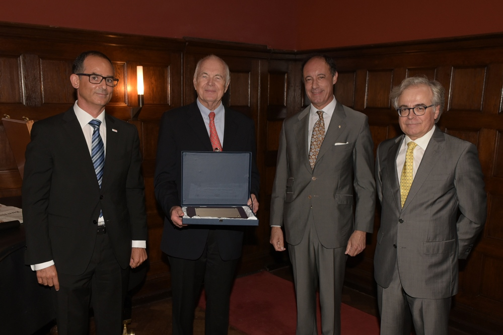 Verleihung des Kammerpreises 2017 v.l.n.r. Javier González Pareja, Dr. Kurt Liedtke, Juan José de Vicente Caballero, Álvaro Trejo Gabriel y Galán